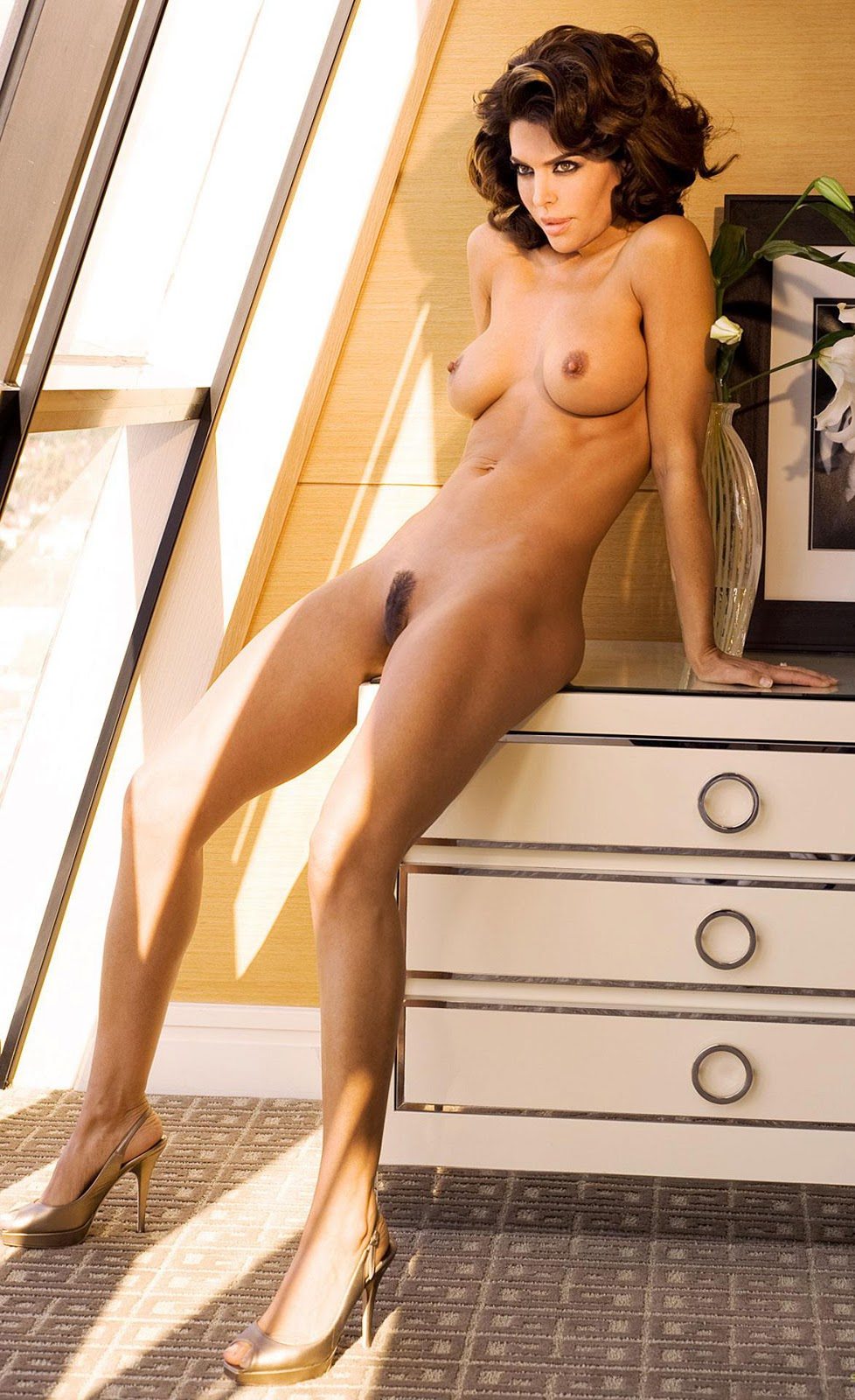 nude female skinny hairy