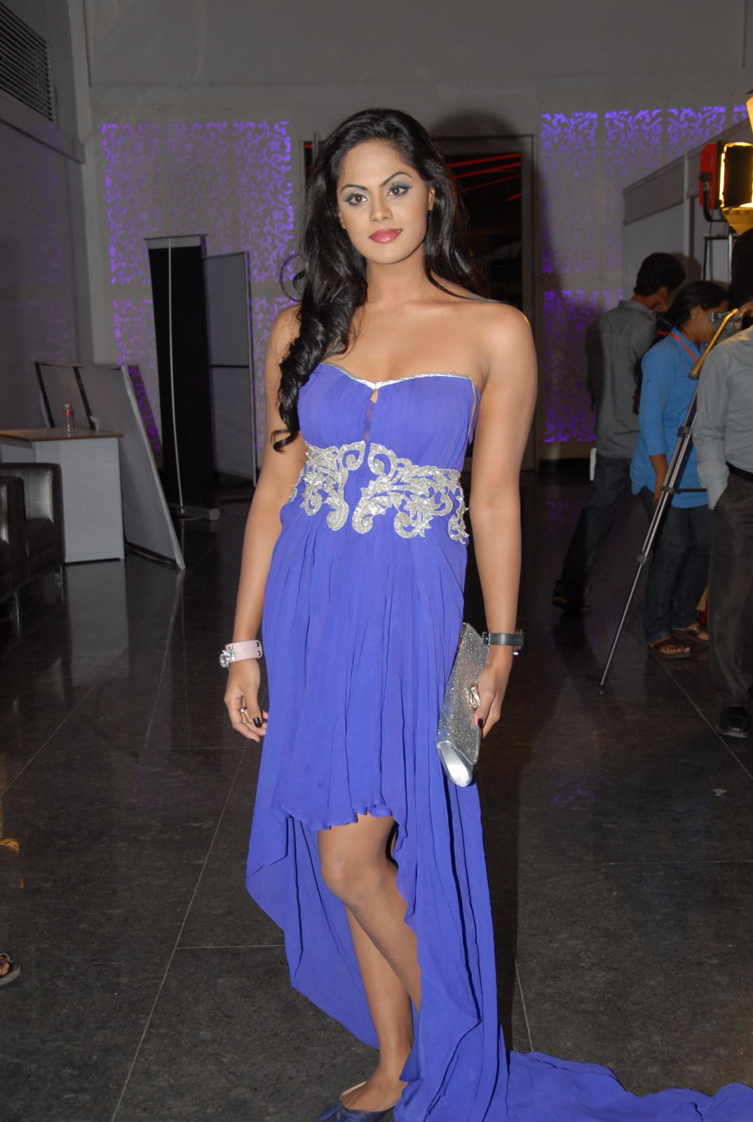 karthika nair latest photos in blue