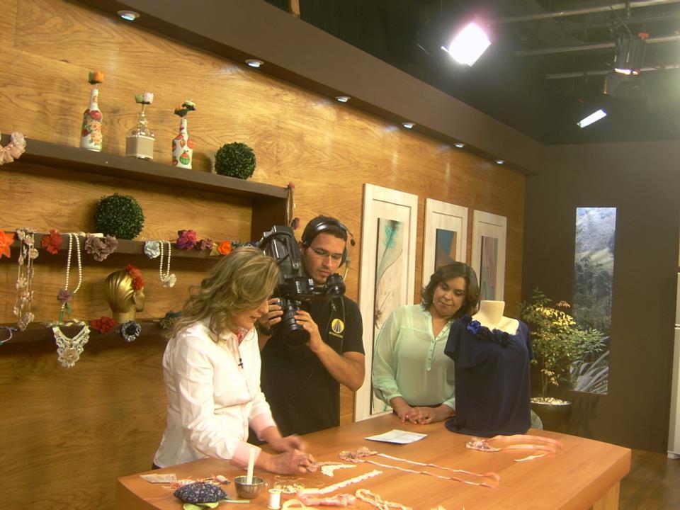 Aparador Ouro Branco Brilhantes ~ Renata Mancilha Arte& Flores Participaç u00e3o Programa Sabor de Vida TV Aparecida