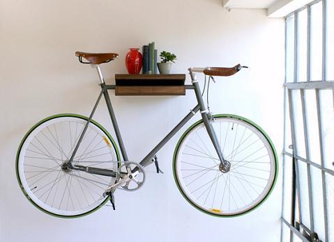 ambientes guardar bicicletas em casa. Black Bedroom Furniture Sets. Home Design Ideas