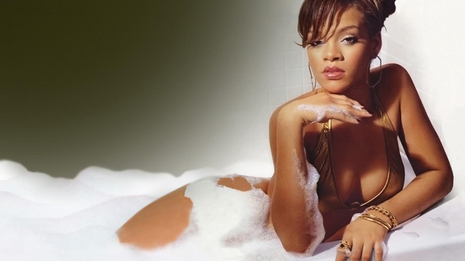http://4.bp.blogspot.com/-pOLvZ2zV170/UKyq1l97DgI/AAAAAAAAD6U/GKQ1jiJRzwI/s1600/Rihanna+New+Hot+HD+Wallpaper+2012-2013+04.jpg