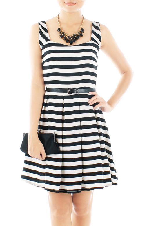 B&W Sweetheart Stripe Flare Dress