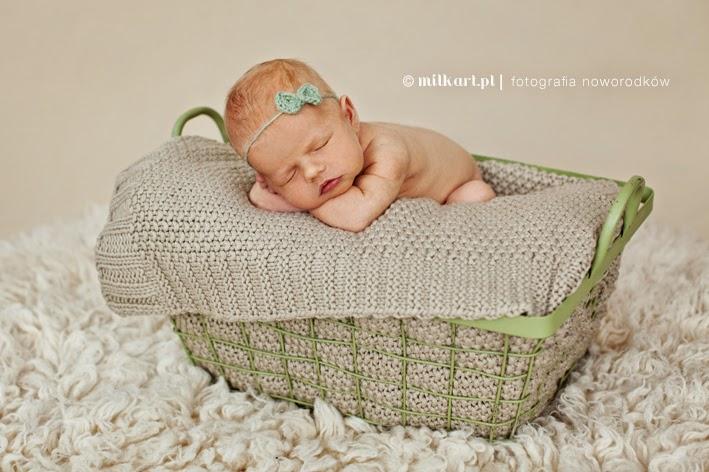 sesja zdjęciowa noworodka, fotografie niemowlęce, zdjęcia dziecka, foto dzieci Poznań
