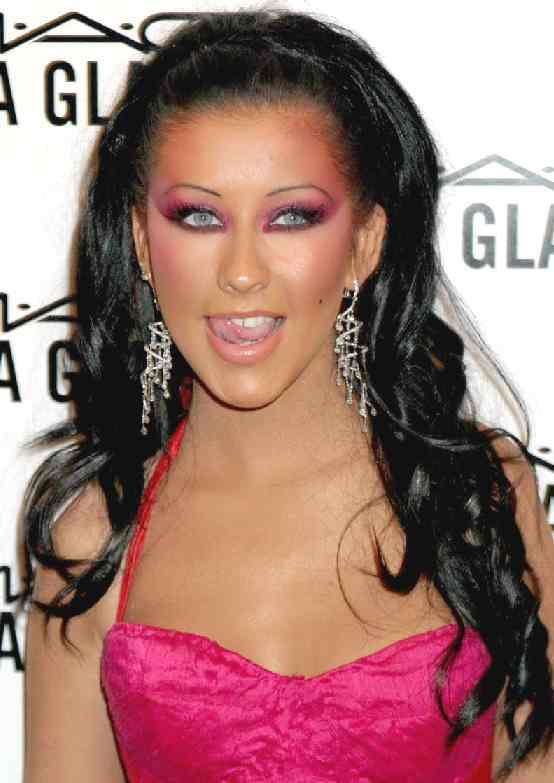 christina aguilera dark hair
