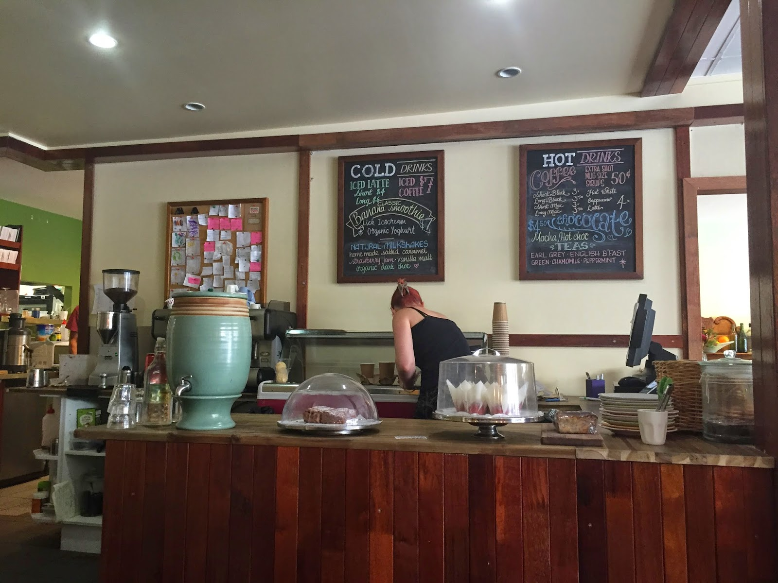 Cassie Cakes Review of Spring Hill Deli and Produce