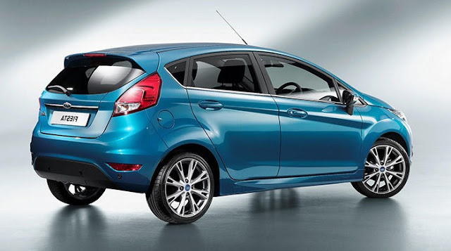 Ford Fiesta 2013 trasera