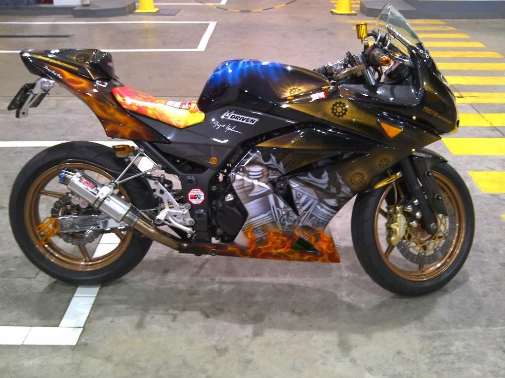Airbrush Kawasaki Ninja 250 R Terbaru