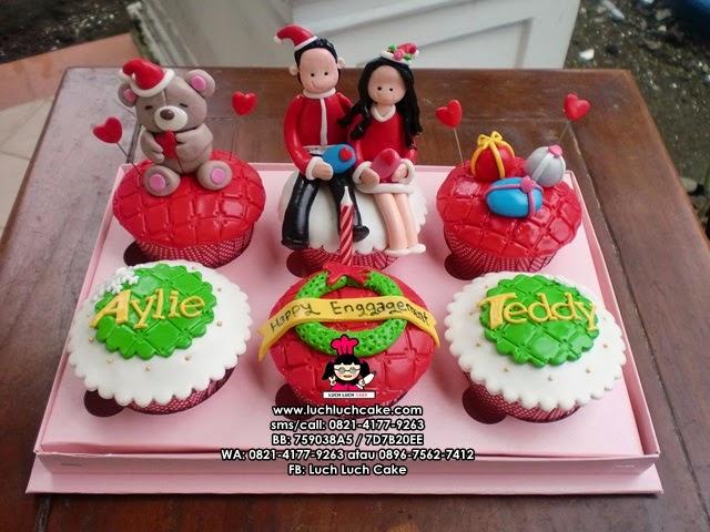 Cupcake Tema Christmas dan Enggagement Daerah Surabaya - Sidoarjo