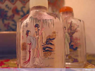 Painting in Glass فن الرسم على الزجاج