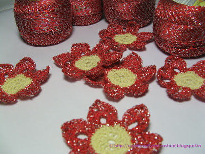 Crochet metallic flower 1