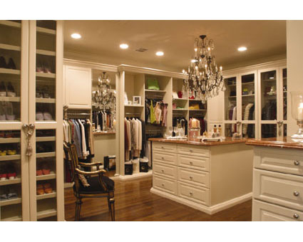 Eye For Design: Beautiful Closets To Play Dress-Up In