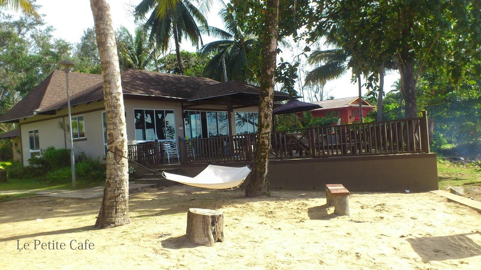Retreat Resort Lundu Beach House