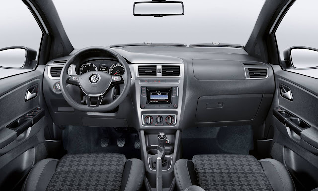 VW Fox Track 1.0 2016 - interior