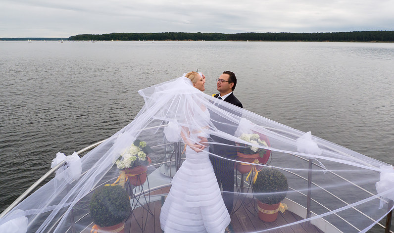 Vestuvių fotosesija Kauno mariose