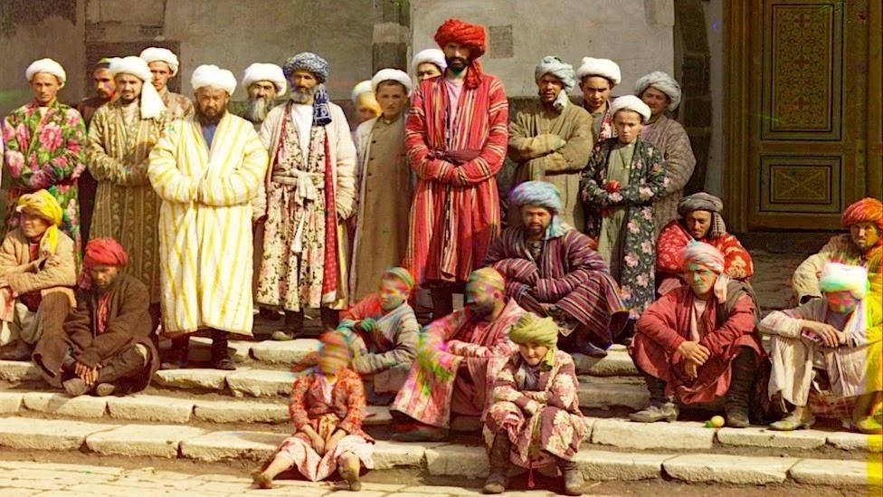 Голые уйгуры фото