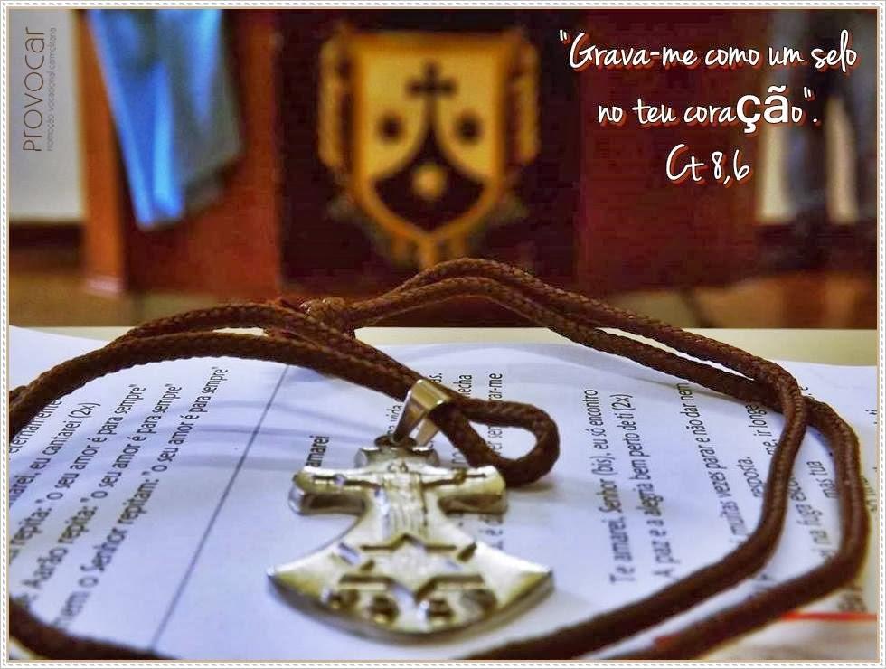 JESUS E A CRUZ CARMELITA