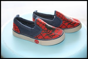 Spiderman Sneaker Price:RM55 per pair Size:6(14.5cm)