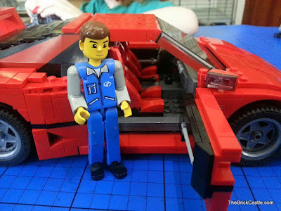 LEGO Ferrari F40 set 10248 with Technic figure