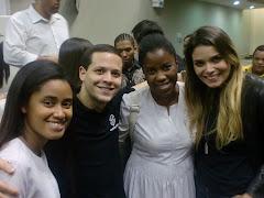 Miriã,Vinicius Zulato,Adriana e Camila Verçosa