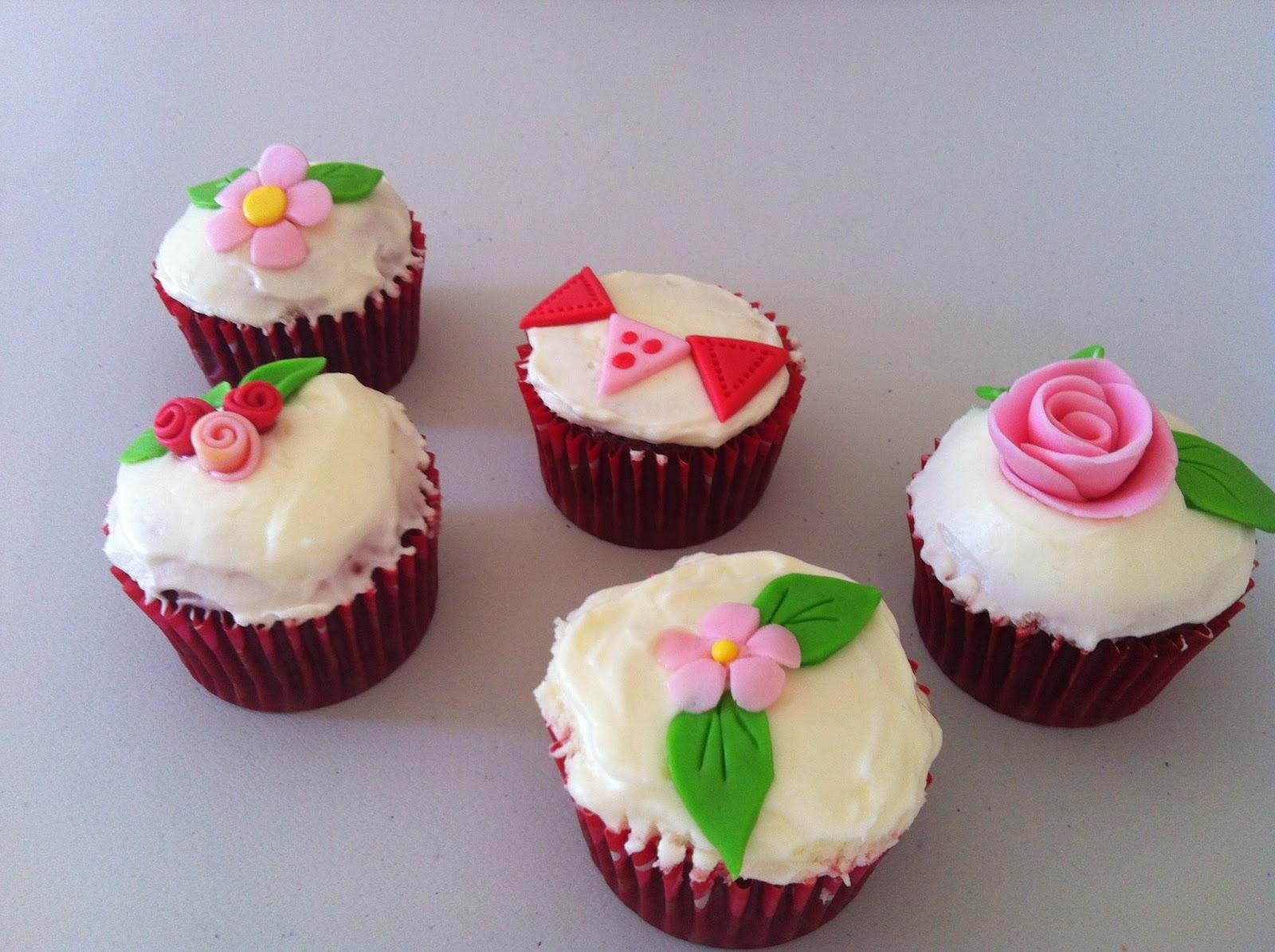 colorant alimentaire en gel pour colorer mes cupcakes le nom de ce gteau est plus que parfait car il est trs are et trs moelleux - Cupcake Colorant Alimentaire