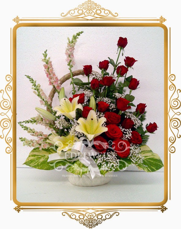 bunga mawar merah & lily