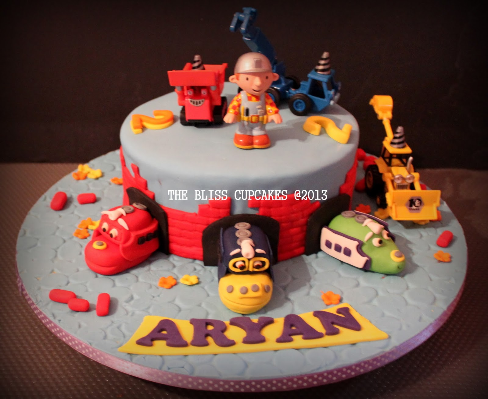 The Bliss Cupcakes Chuggington and Bob The Builder Cake