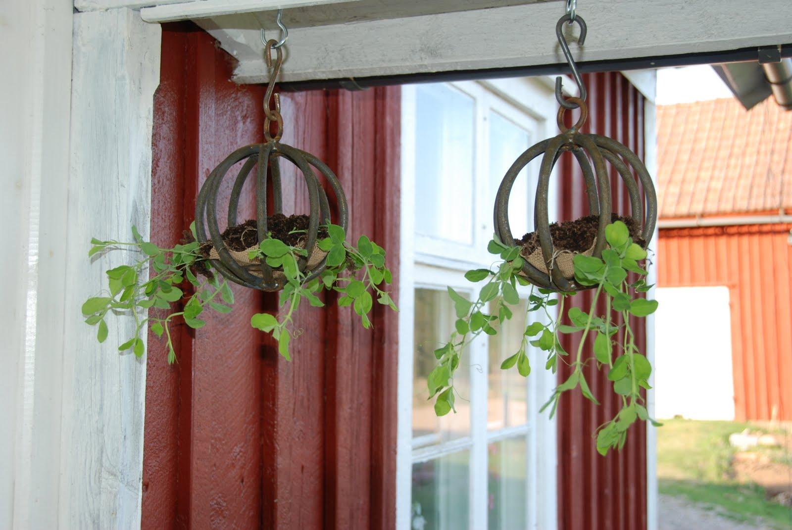 Att skapa är livet!   renovering, konst och design: april 2011