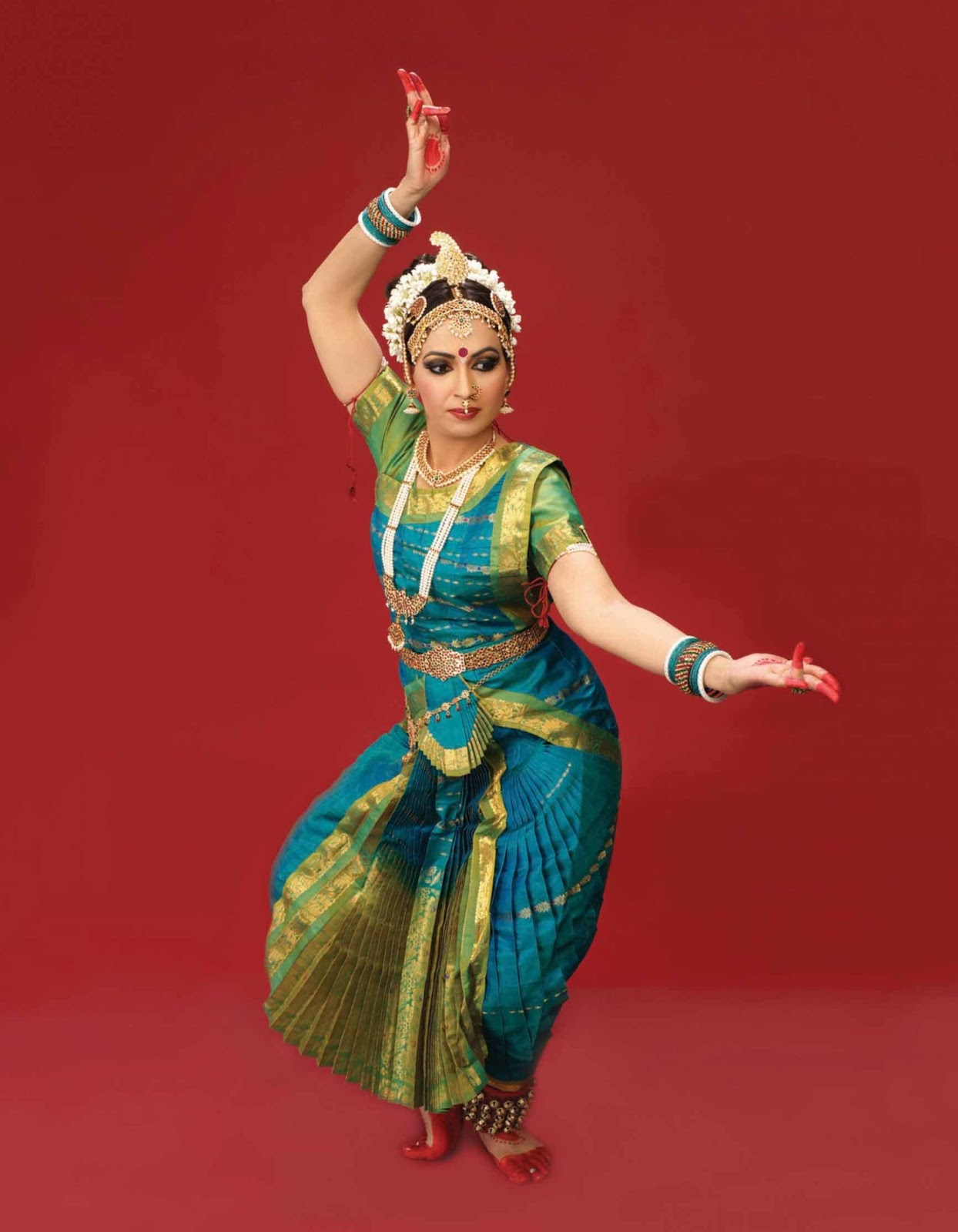 Displaying images for shobana dance - Bharatanatyam Dancer Poses Viewing Gallery