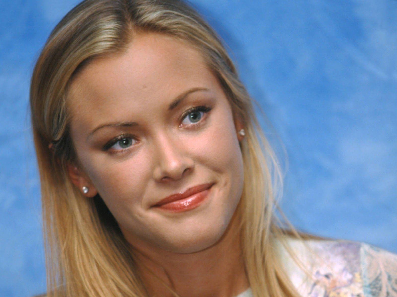 kristanna loken wallpapers : details and specificationswallpaper