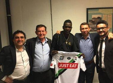 Kanu acerta com clube belga