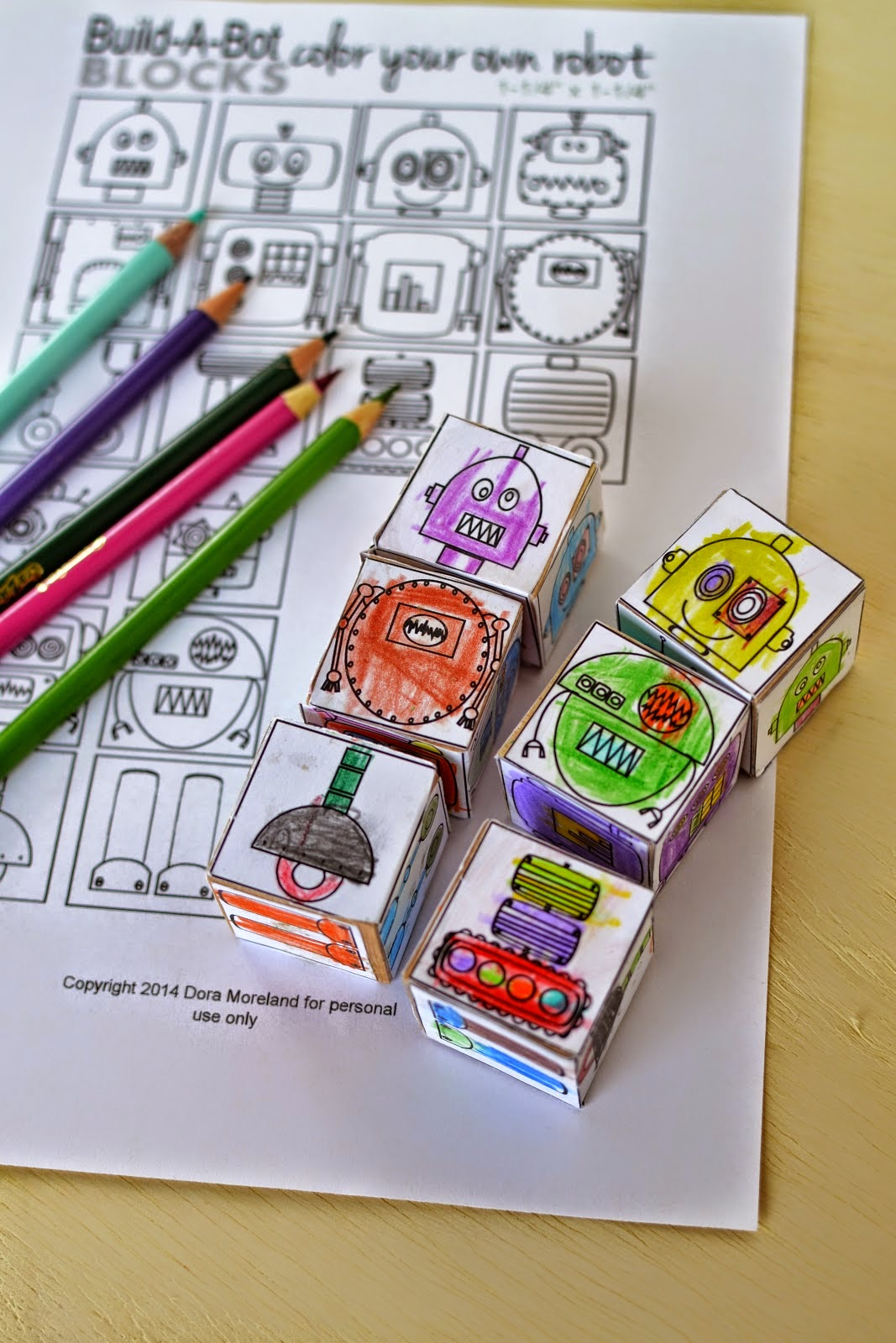 http://plentyofpaprika.blogspot.com/2014/11/diy-mix-match-color-your-own-robot.html