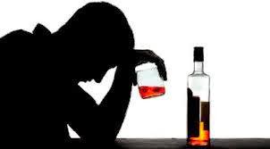 Consumo elevado de álcool encolhe determinadas áreas do cérebro