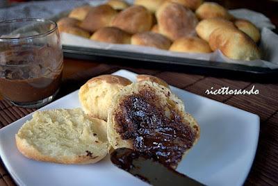 Maritozzi romani ricetta di dolci brioches tipicamente italiane