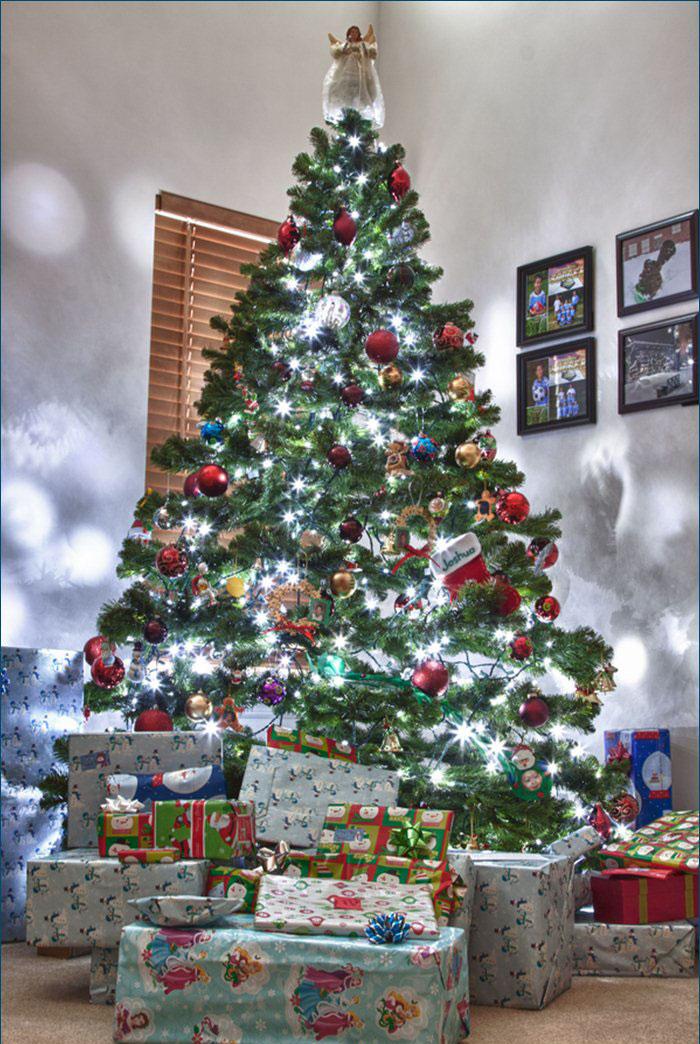 Arbol de navidad con muchos regalos arbol de navidad con - Arbol de navidad con regalos ...