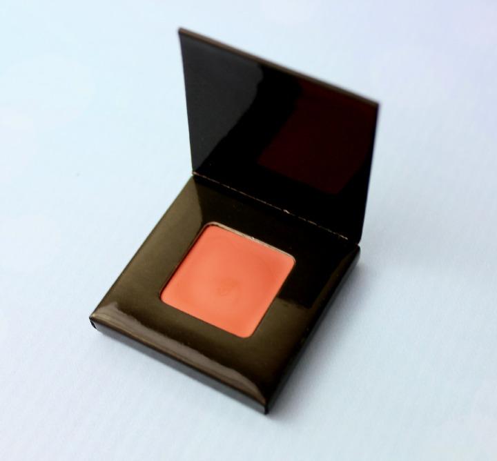 Jouer Tint in Petal sample birchbox