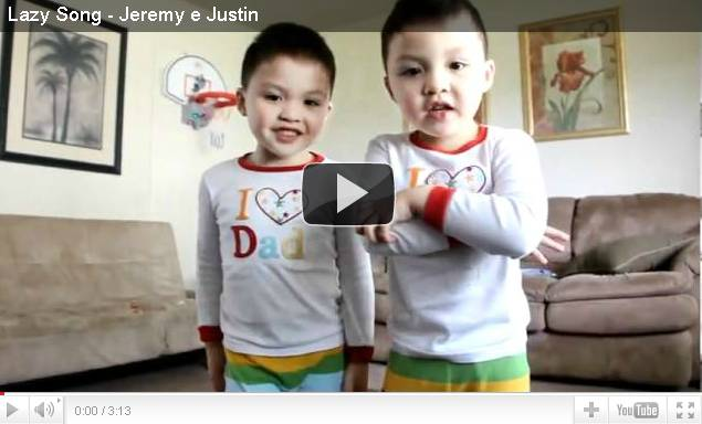 Download Video Jeremy e Justin - The Lazy Song (Bruno Mars)