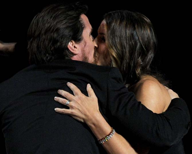 hottest celebrity kisses