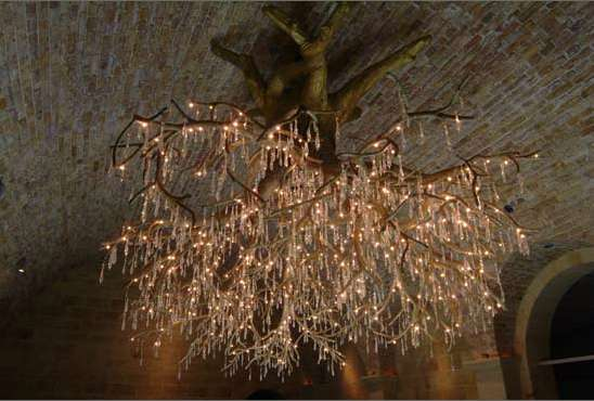 LET\'S STAY: Hanging tree Chandelier