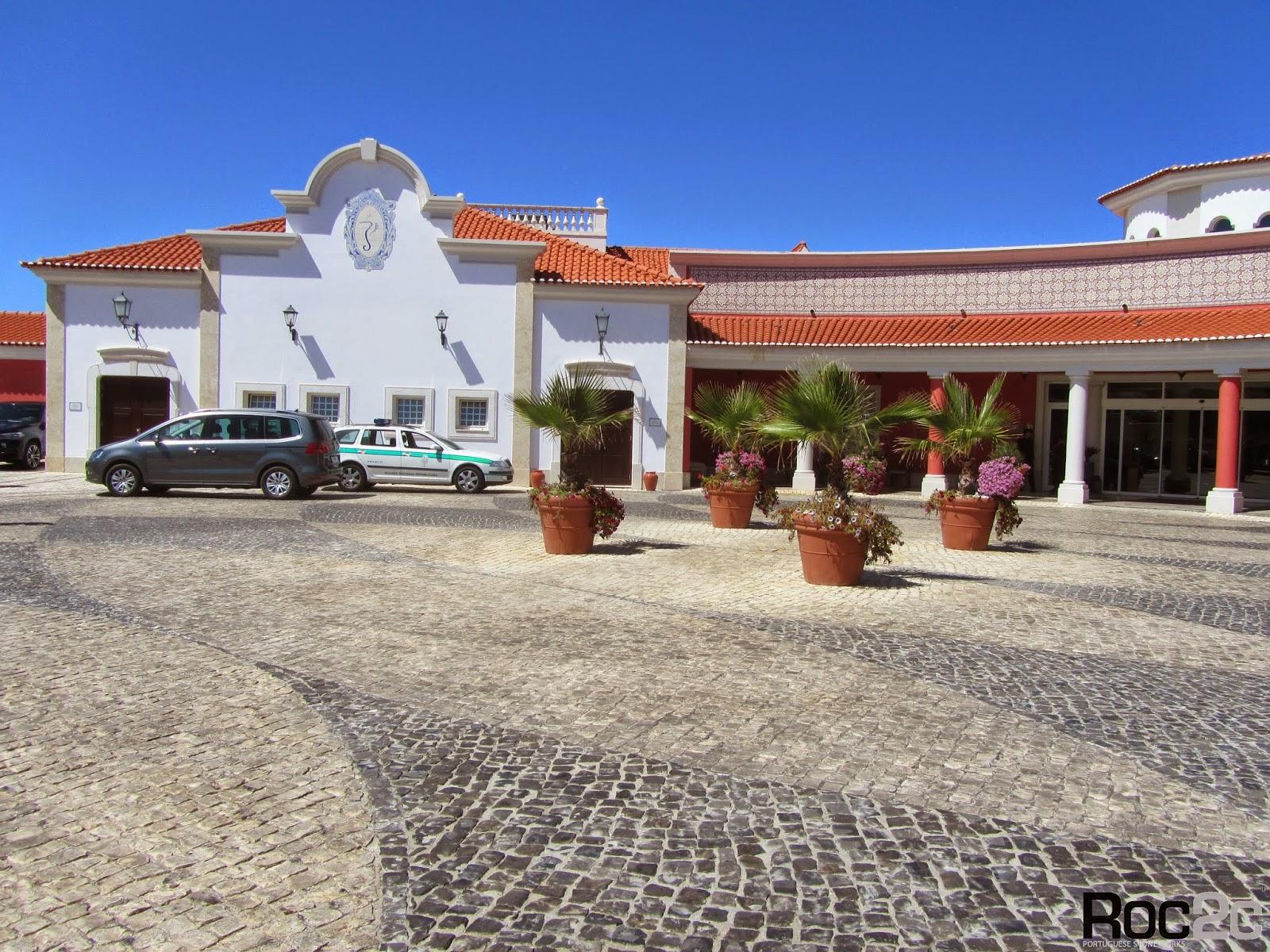 Avenida d in s de castro n 1 vale de janelas 2510 451 bidos leiria portugal
