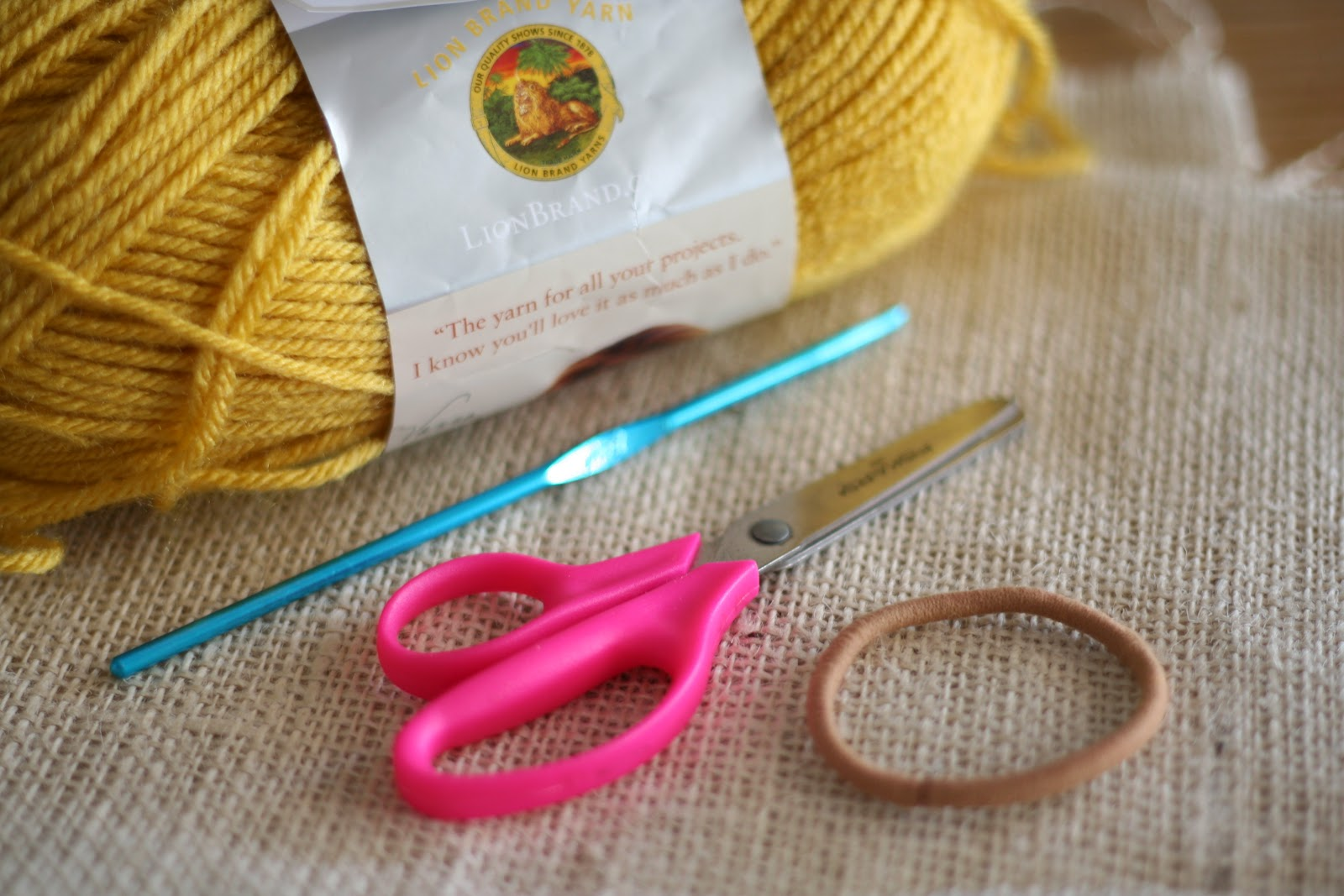 the kraft farm: Crochet it up! Hair Ties and Headbands