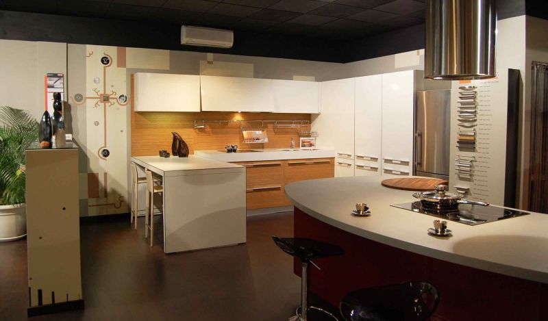 cuisine haut de gamme conseils pour am liorer armoires de cuisine. Black Bedroom Furniture Sets. Home Design Ideas