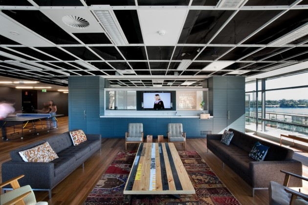 Peppermags interior leo burnett office for Interior design marketing agency