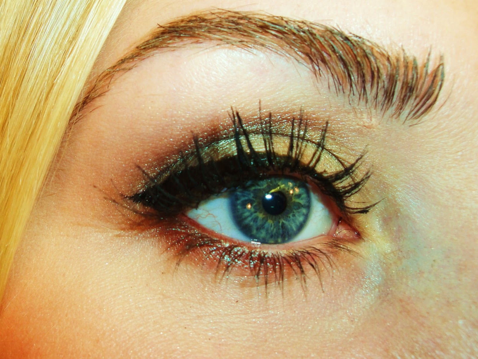 TiffanyD: Full-Face Drugstore Makeup Tutorial - Soft Green