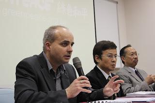 綠色和平組織資深科學家David Santillo訪台演講。(圖片來源:台灣綠色和平)