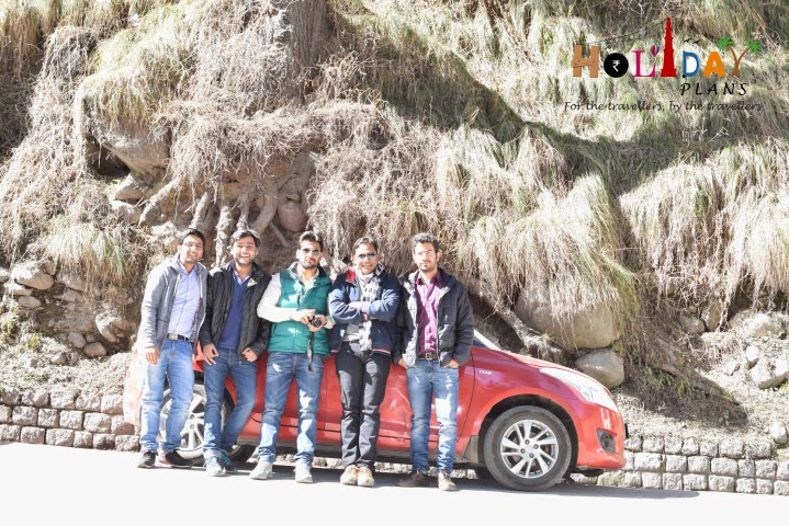 Group pic in Manali
