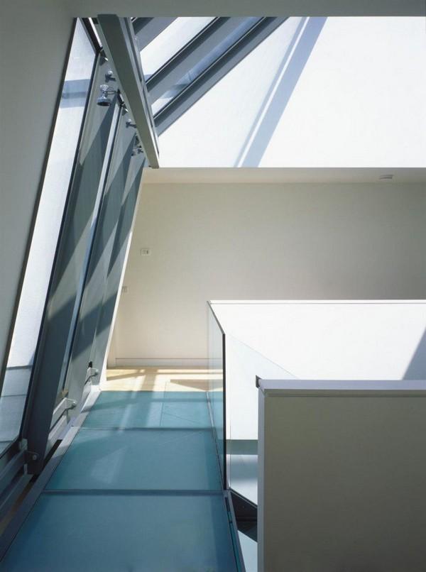 Dise o de interiores arquitectura residencia con for Alberca cristal londres