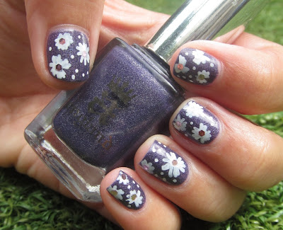 A-England- Lady Of the Lake sally hansen nail art pen
