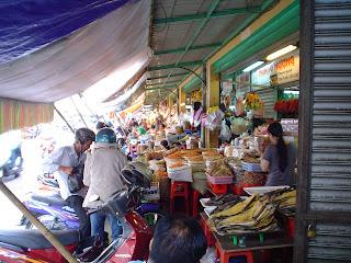 Frutos secos en el Mercado Ben Thanh. Ho Chi Minh. Vietnam
