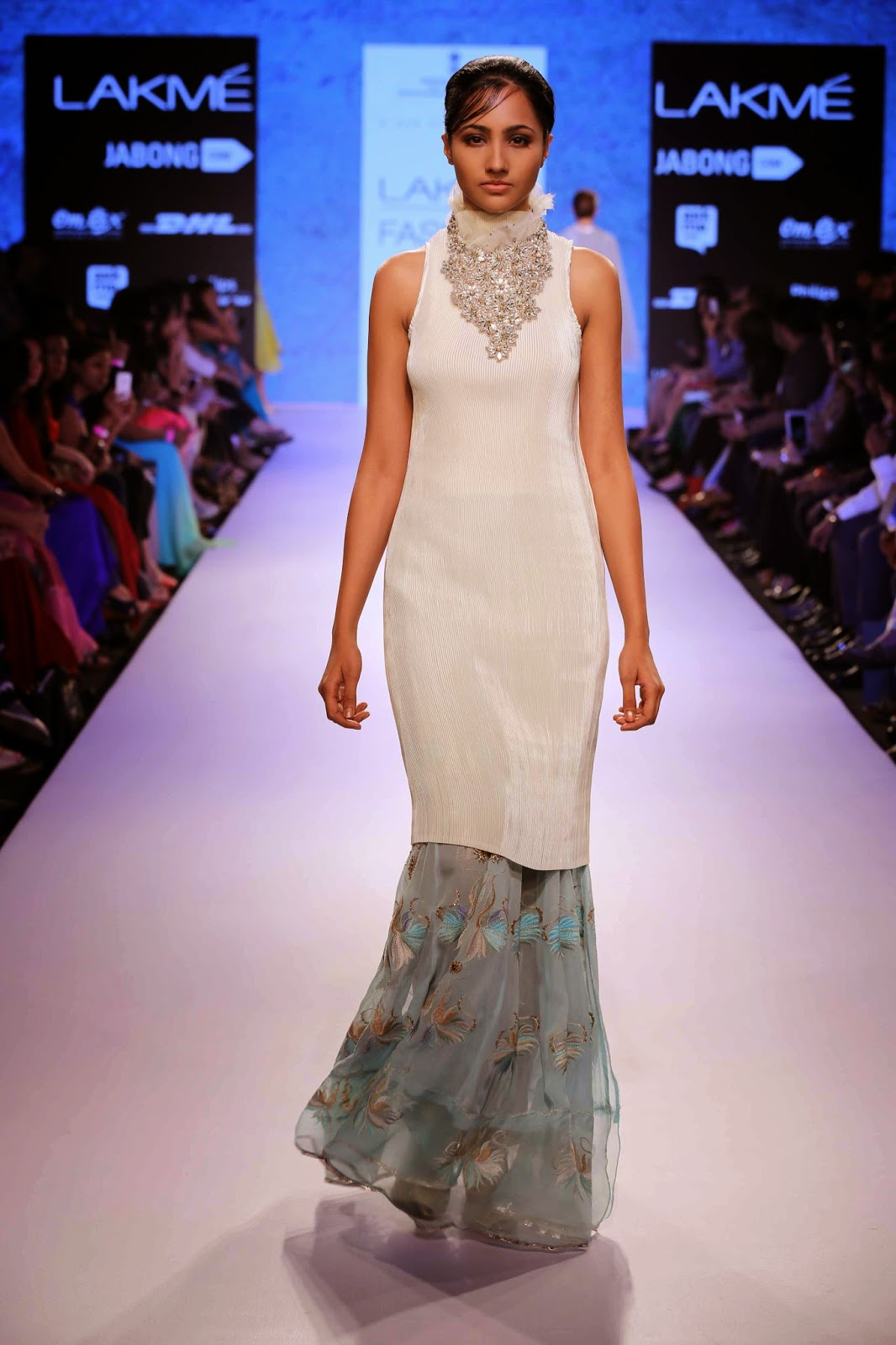 http://aquaintperspective.blogspot.in/, LIFW Day 2, Kiran Uttam Ghosh