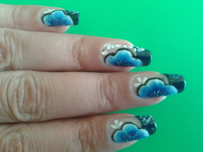 cute flowers nail design